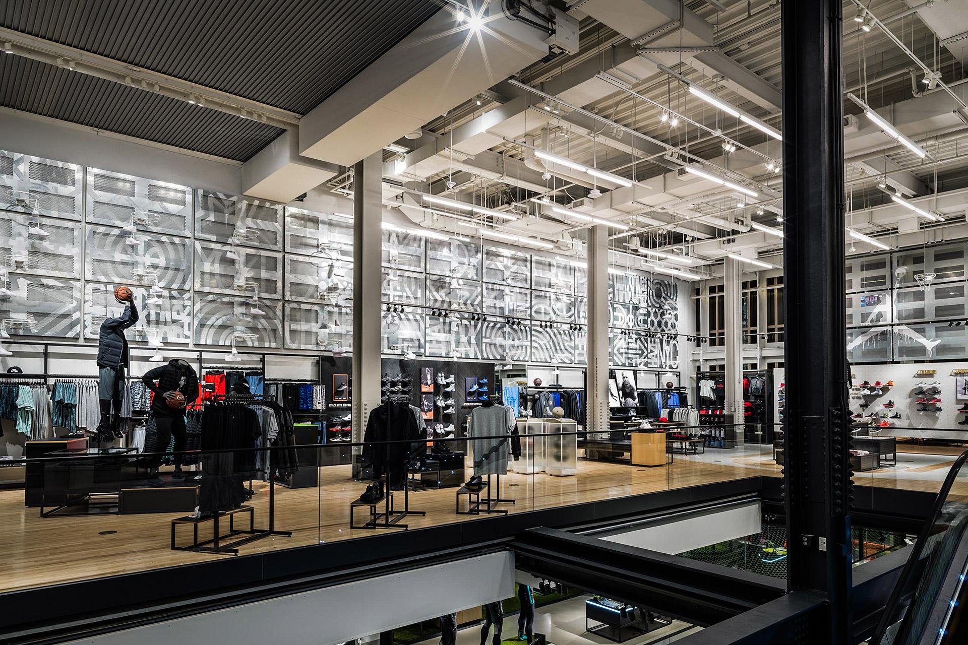 Eric Haze 2016 Nike Installation soho